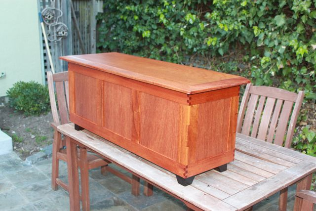 I built a chest of it a couple of years ago and it was wonderful to work with and varnished out perfectly. here is the genuine mahogany with about 8 coats ... & Sapele vs. African mahogany
